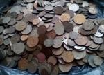 Минчанин принёс в банк более 8 тысяч копеечных монет весом в 13 кг
